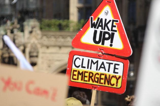Emergenza climatica: la dichiarazione simbolica del Parlamento Europeo