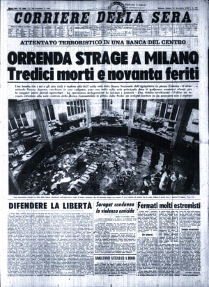 12/12, Piazza Fontana: la prima pagina del Corriere della Sera il giorno dopo la strage, il 13 dicembre