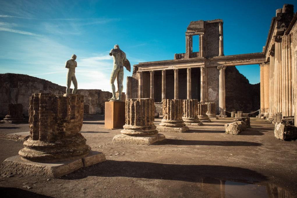 Le rovine di Pompei, sepolta dall'eruzione del 79 d.C.