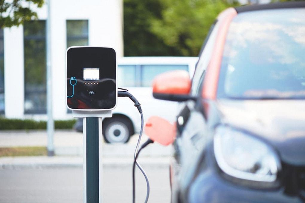 Elezioni Usa: rischio sabotaggio da... auto elettriche?