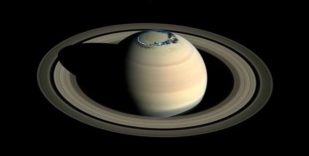 sonda Cassini: aurora boreale su Saturno