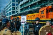La protesta dei nativi paralizza il Canada