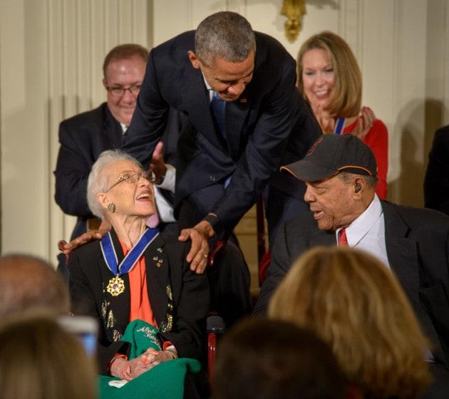 Si è spenta Katherine Johnson, pioniera dei calcoli orbitali della NASA