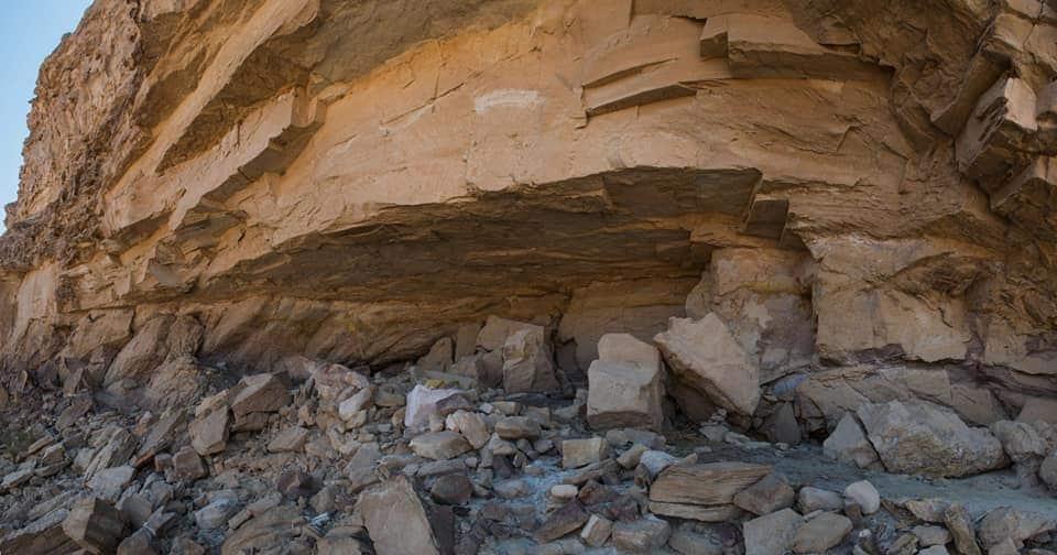 https://www.focus.it/images/2020/02/27/antico-egitto-pitture-rupestri-l-ingresso-della-grotta-orig.jpg