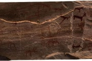 Antico Egitto: pitture rupestri di 12.000 anni fa in una grotta nel Sinai