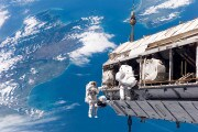 La Nasa cerca astronauti