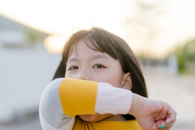 COVID-19 nei bambini: nuove prove di trasmissione oro-fecale