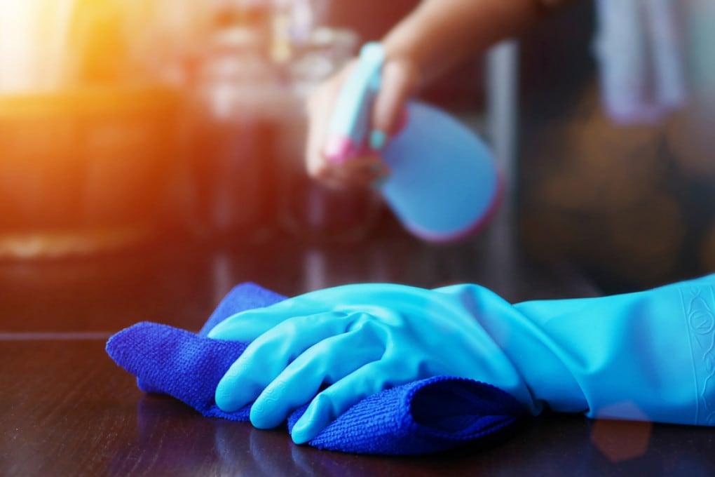 Come eliminare il Coronavirus dalle superfici