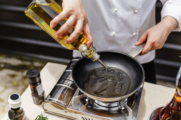Perché l'olio extravergine d'oliva è il migliore anche per cucinare?