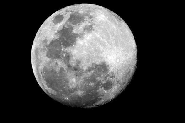 Potrebbe esserci un'attività tettonica ancora in corso sulla Luna