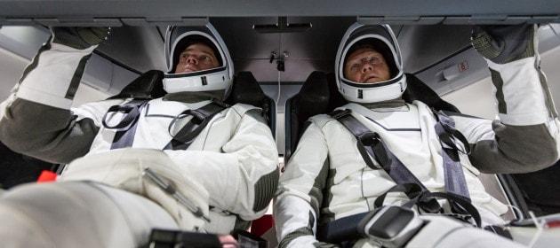 Rinviato il primo lancio di SpaceX con astronauti a bordo