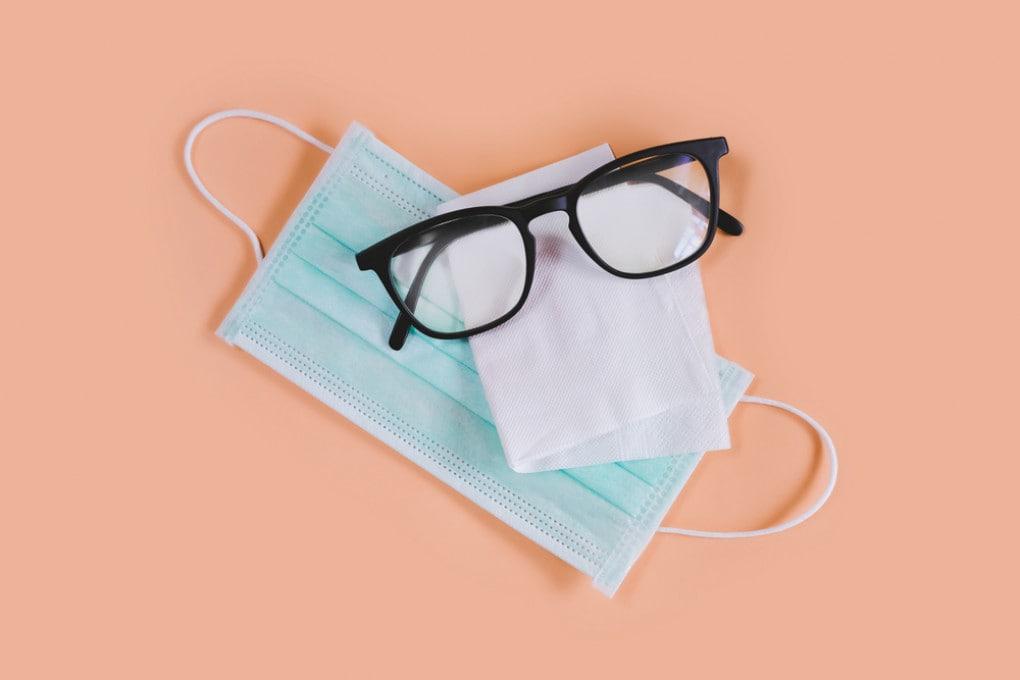 Mascherine e occhiali