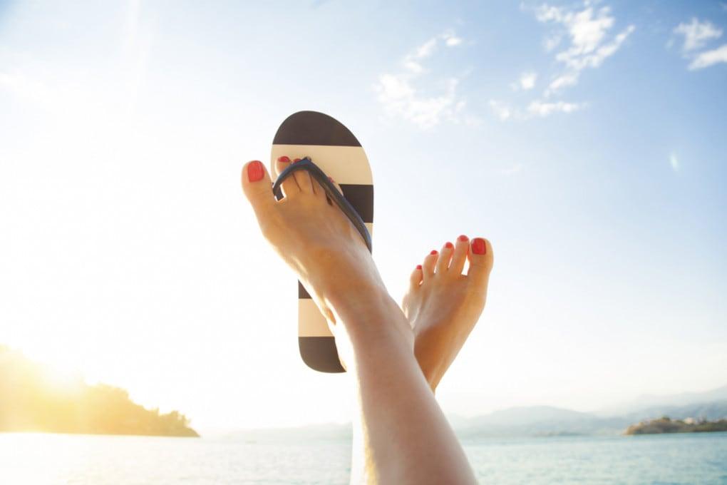 10 modi per eliminare la puzza di piedi