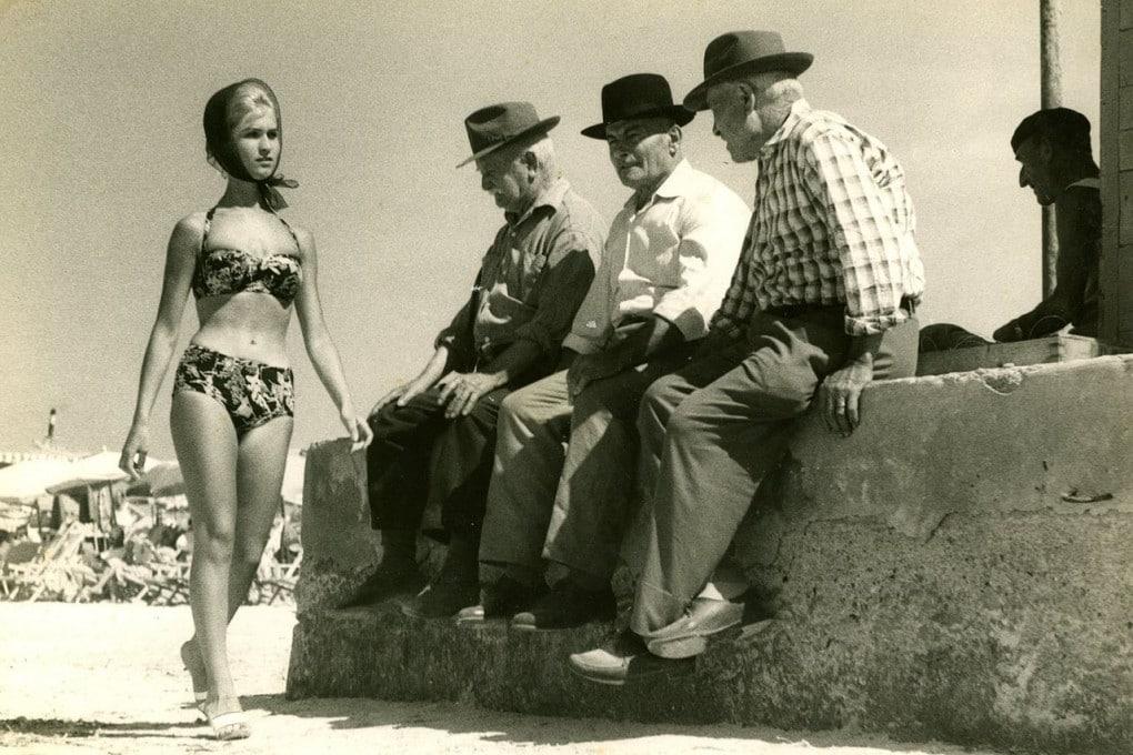 Dalla Francia, negli anni Cinquanta, arrivò anche in Italia la moda del bikini.