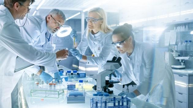 Coronavirus, identificati 21 farmaci in grado di bloccarne la replicazione