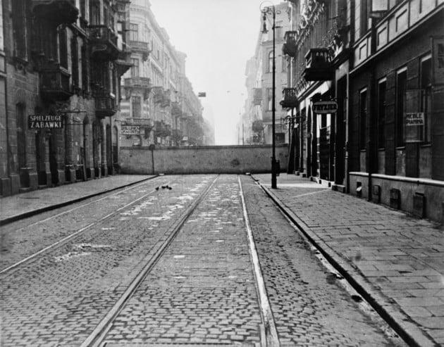 Distanziamento e igiene: così gli ebrei del ghetto di Varsavia sconfissero l'epidemia di tifo