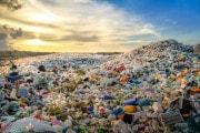 Arriva una nuova plastica riciclabile all'infinito?