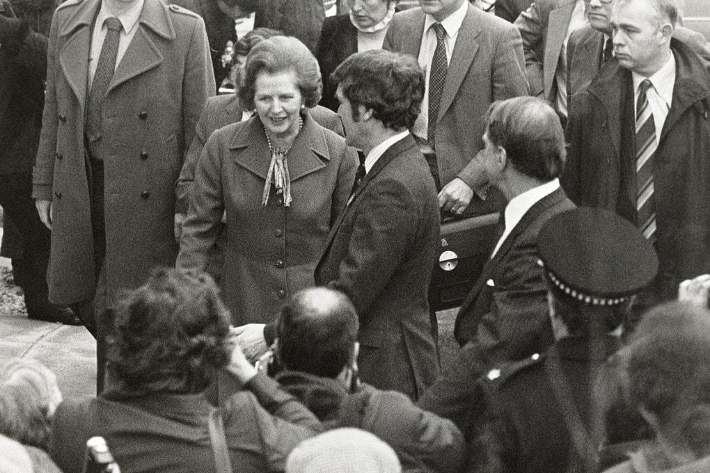 Margaret Thatcher in visita all'Università di Salford, nel 1982