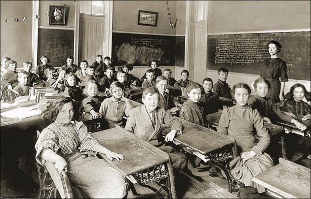 Il banco di scuola: una storia lunga 500 anni