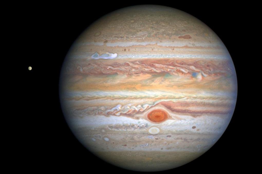 Giove fotografato da Hubble in luce visibile, 25 agosto 2020