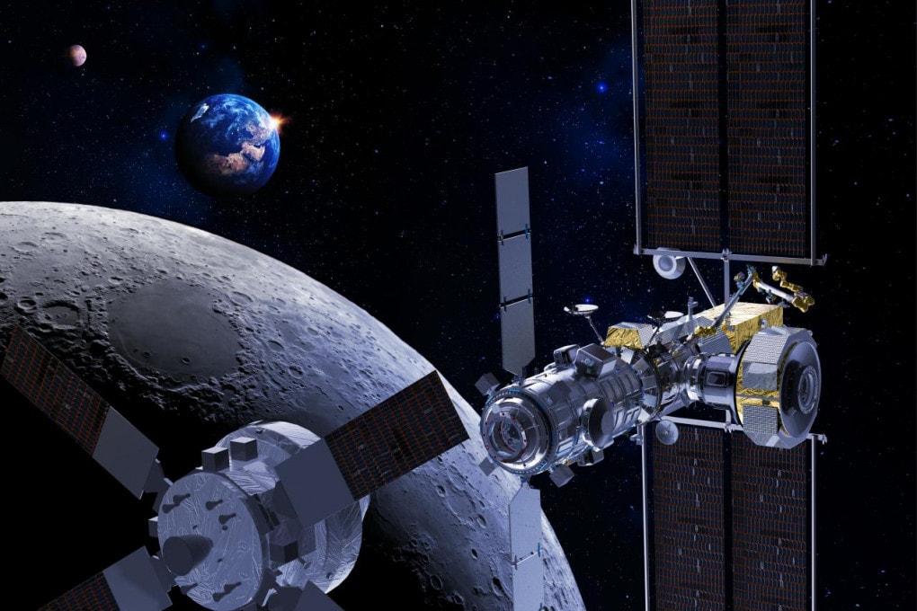 Il Gateway e una navicella Orion in avvicinamento (illustrazione).