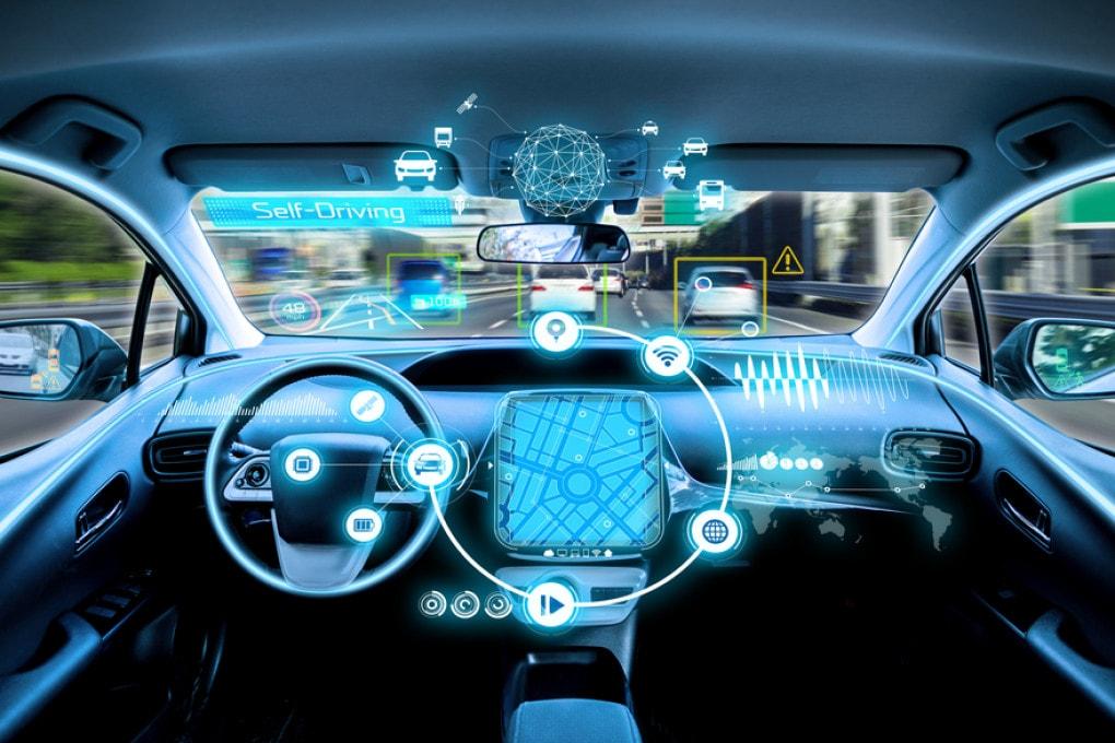 Auto intelligenti: i pericoli per le auto a guida autonoma.