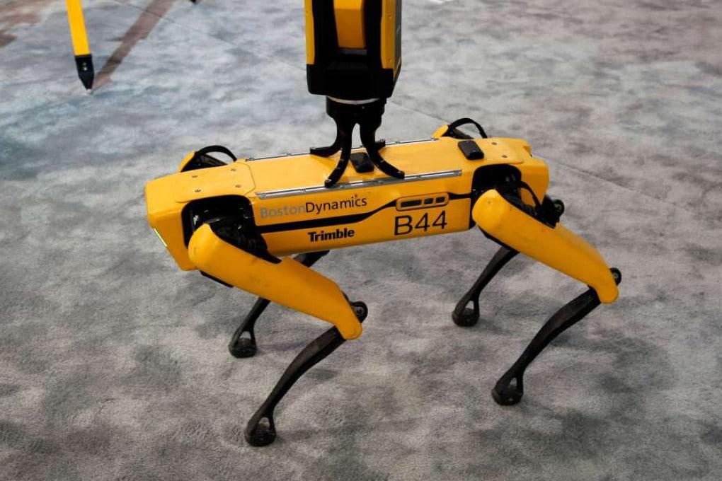 Boston Dynamics, robot-dog Spot