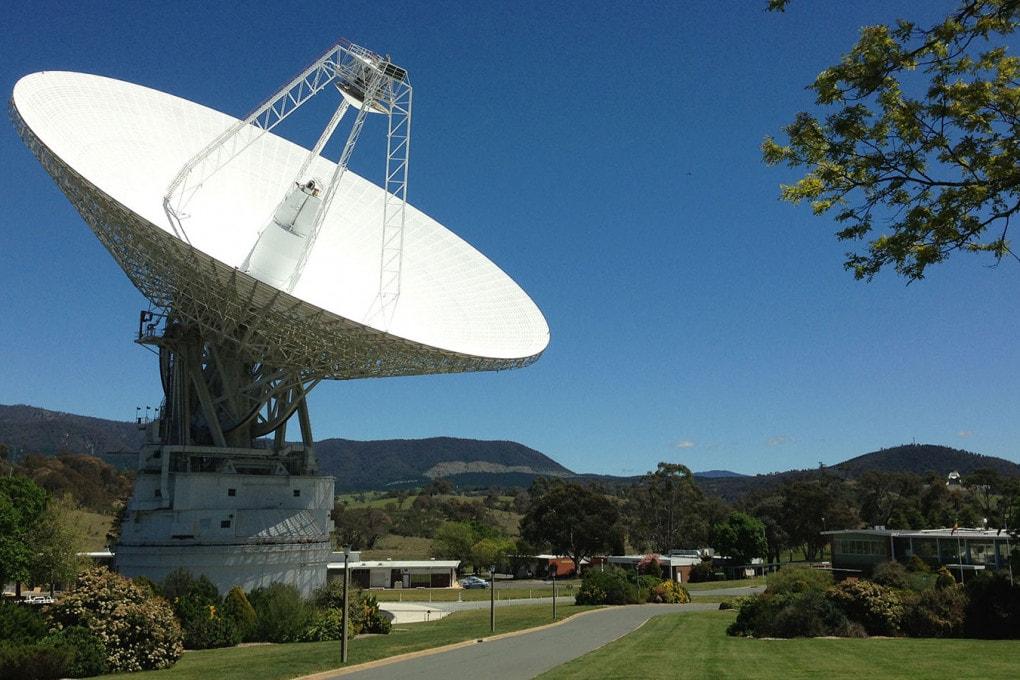 NASA Deep Space Network: l'antenna di Canberra, l'unica che riesce ancora a inviare istruzioni alla sonda Voyager 2, distante oltre 20 miliardi di km dalla Terra.