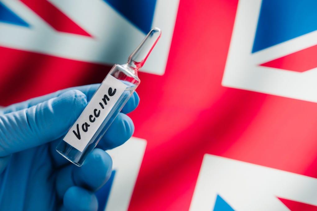Vaccino di Pfizer approvato nel Regno Unito: 6 cose da sapere