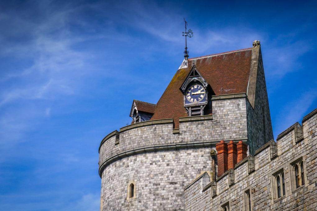 La Torre del coprifuoco del Castello di Windsor, in Inghilterra.