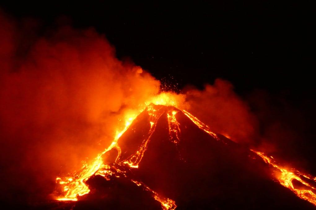 Etna, eruzione del 18 gennaio 2021.