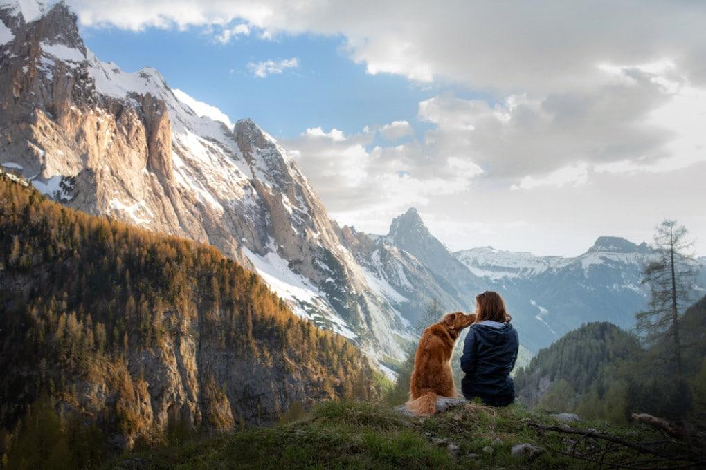 le donne e i cani: un rapporto che dura da migliaia di anni
