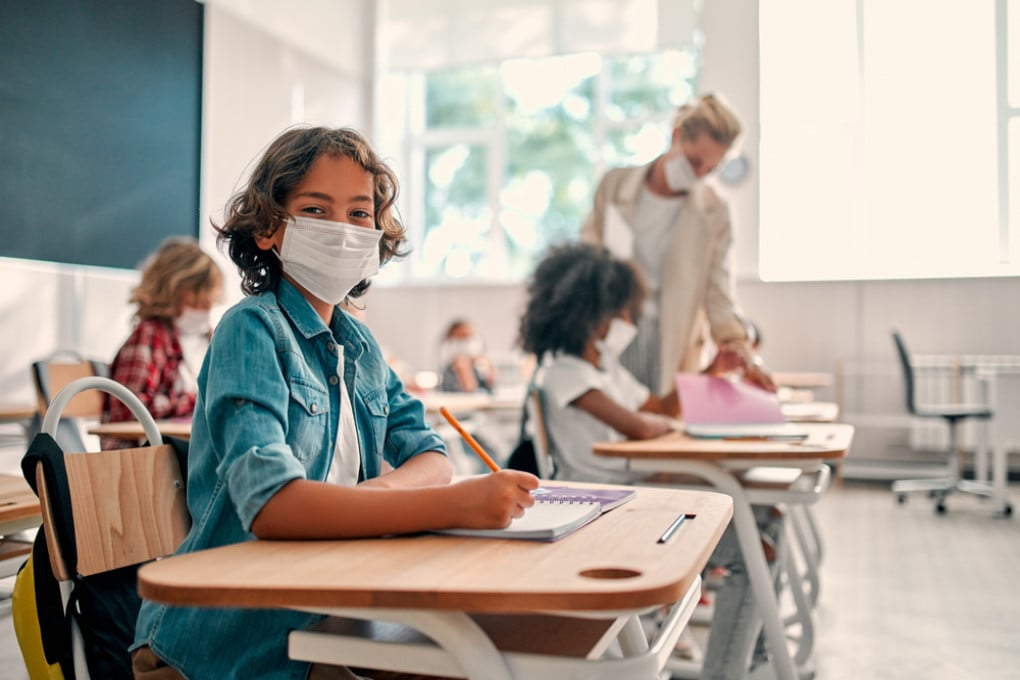 Covid, perché in futuro dovremo vaccinare anche bambini e adolescenti