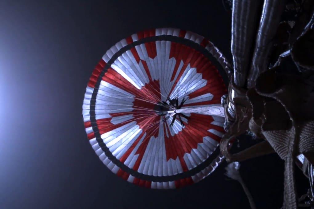Il messaggio nascosto nel paracadute di Perseverance