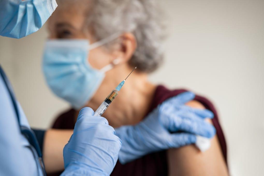 La vaccinazione dei pazienti più fragili nel Regno Unito.
