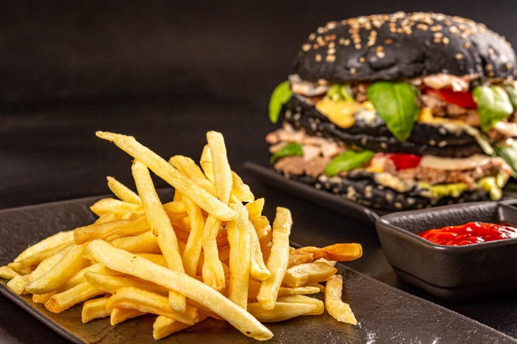 Per il nostro organismo il cibo spazzatura è come un'infezione