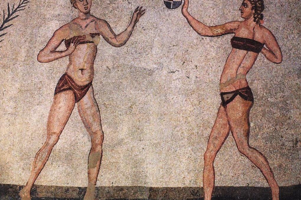 Donne dell'antica Roma in bikini