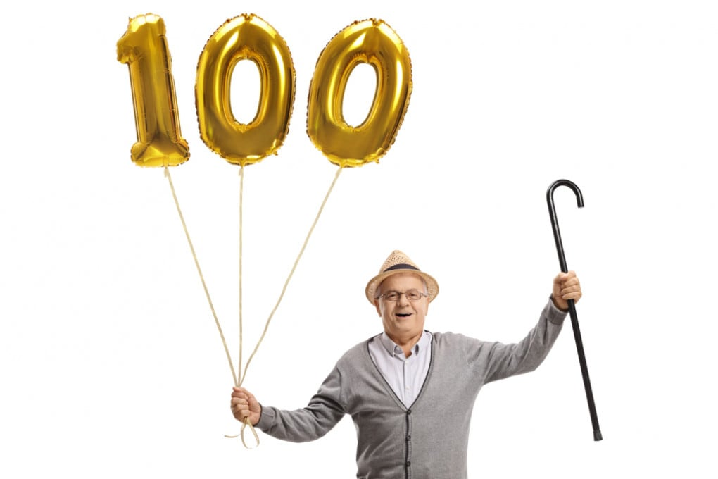 Nel 2100 si potrà vivere fino a 125 anni? Così dice la scienza.