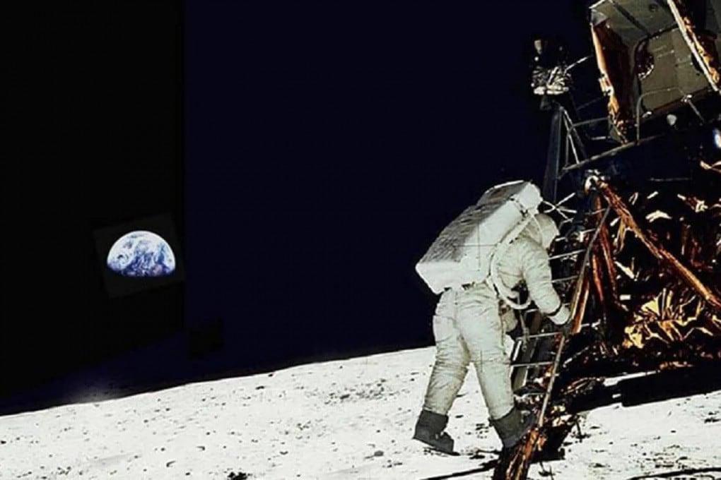 Il computer che guidò l'uomo fin sulla Luna nel 1969 aveva la stessa potenza di una moderna calcolatrice tascabile.