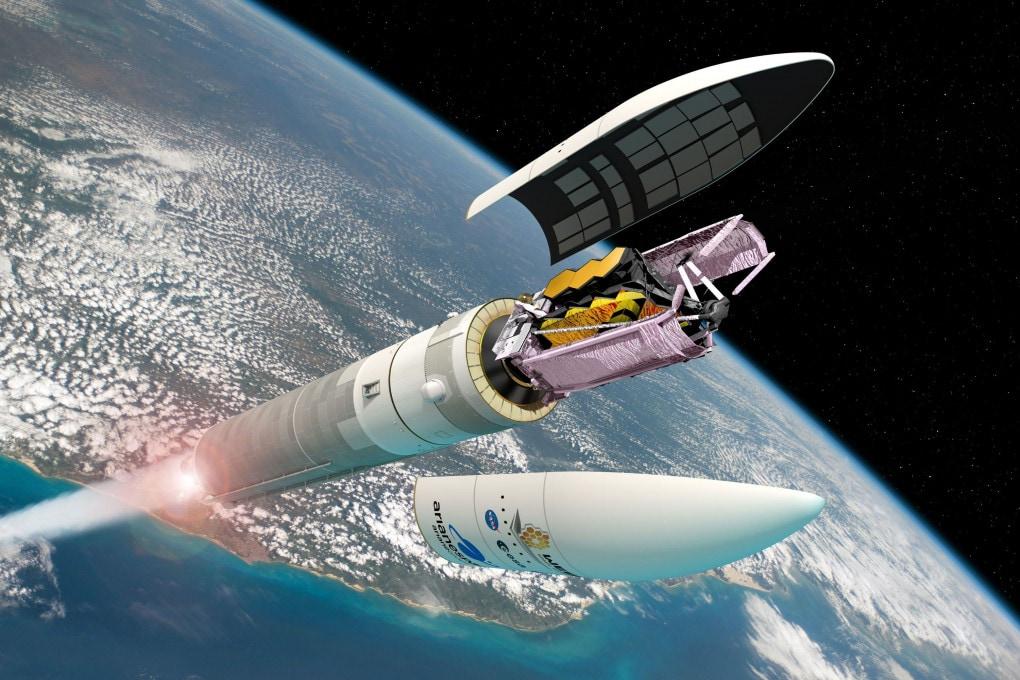 Illustrazione: il James Webb Space Telescope impacchettato nella capsula in cima all'Ariane 5.