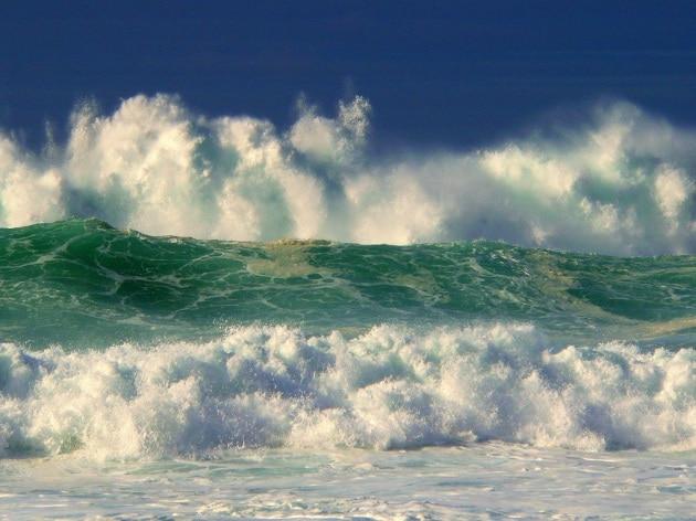 È conveniente ricavare energia dalle onde? E come si fa?