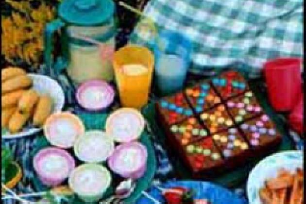 È vero che la plastica, a contatto con i cibi caldi, rilascia sostanze nocive?