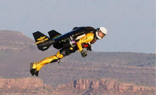 In volo nel Grand Canyon con Jetman Rossy