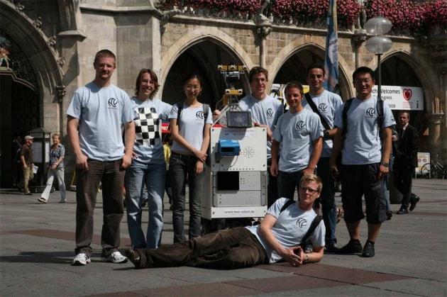 Anche i robot chiedono (la strada)