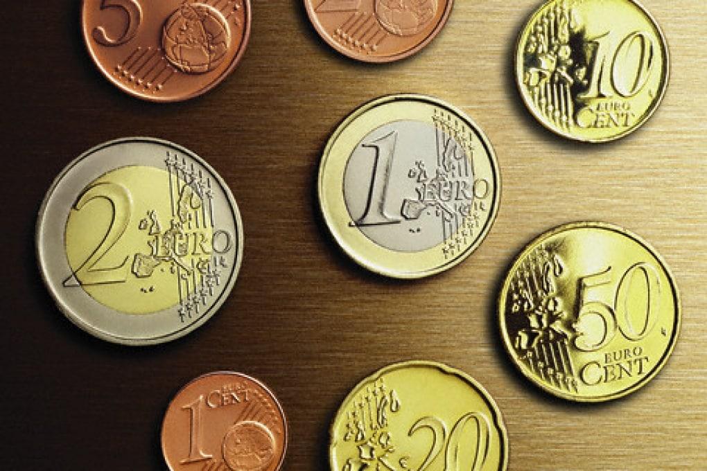 Perché la moneta da 5 centesimi è più grande di quella da 10?