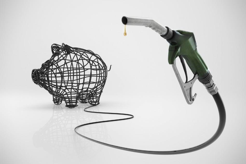 Dieci trucchi e consigli per risparmiare benzina