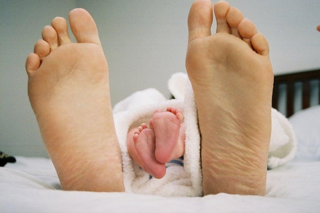 Anche i papà sincronizzano il proprio sonno con quello dei neonati