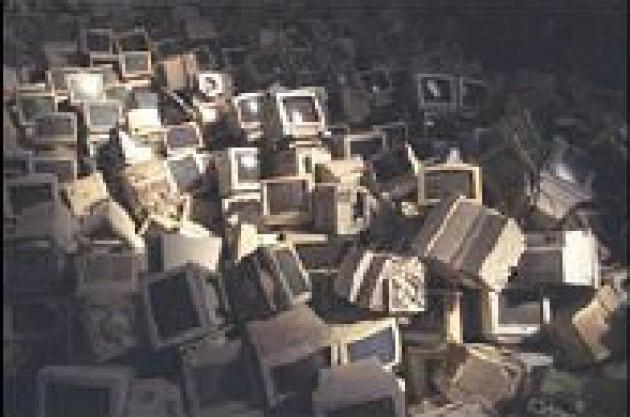 La cyber spazzatura aumenta: meglio riciclarla
