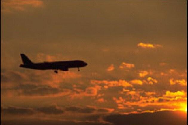 Perché quando si viaggia in aereo sembra di muoversi lentamente?