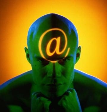 E-mail: il pericolo viene dal nick